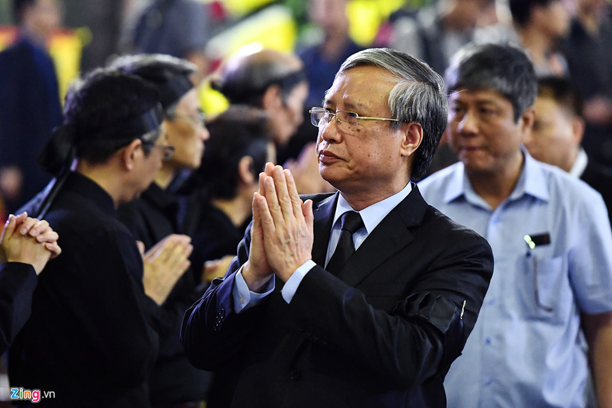 Lanh dao Dang, Nha nuoc va ban be tien biet giao su Phan Huy Le-Hinh-5