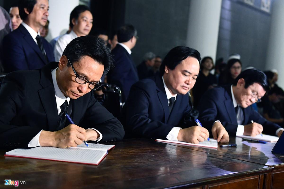 Lanh dao Dang, Nha nuoc va ban be tien biet giao su Phan Huy Le-Hinh-9