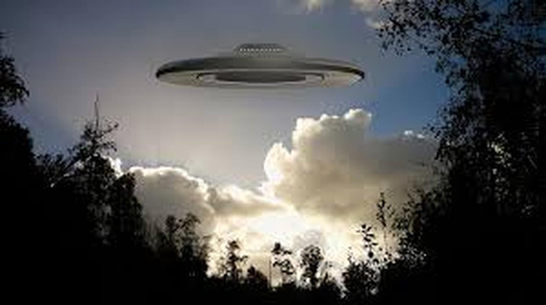 Bi an UFO lot bay radar, khoa hoc dau dau ly giai-Hinh-6