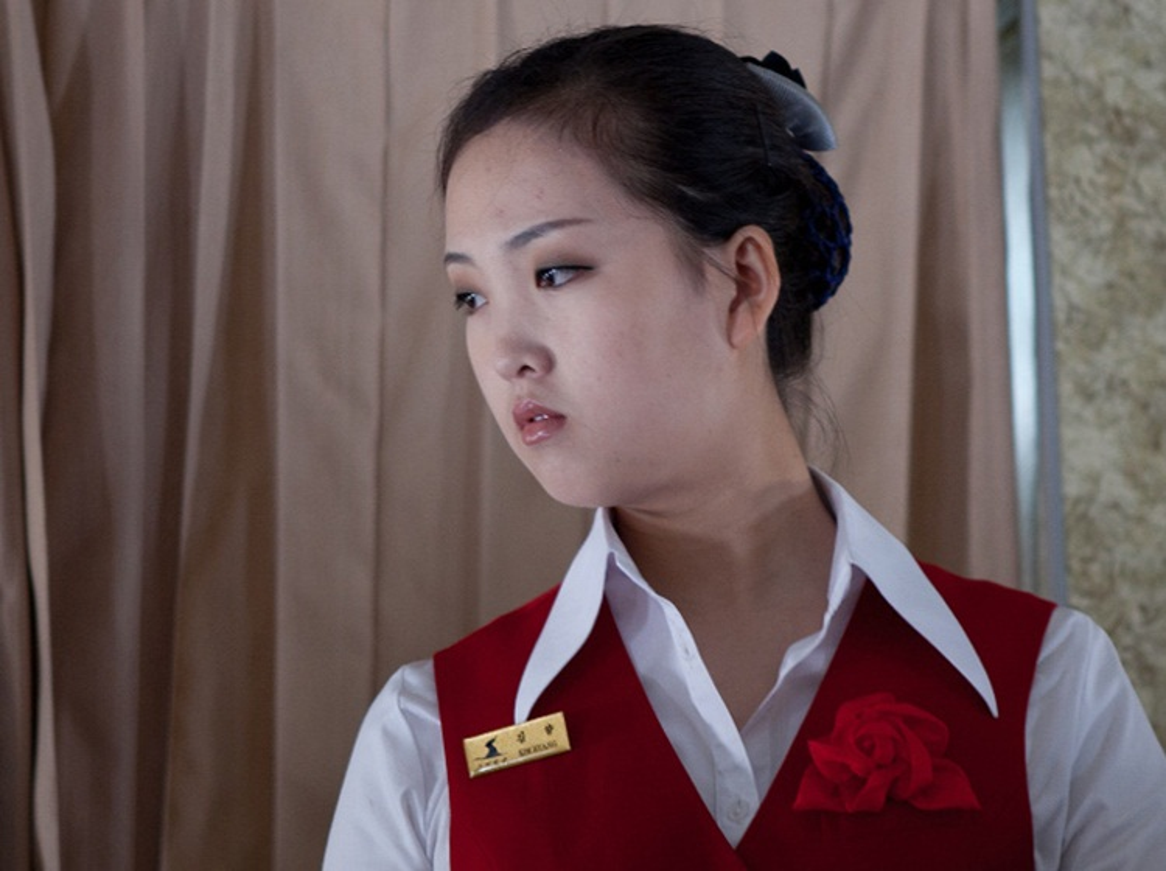 Ve dep cua phu nu Trieu Tien trong lao dong-Hinh-5