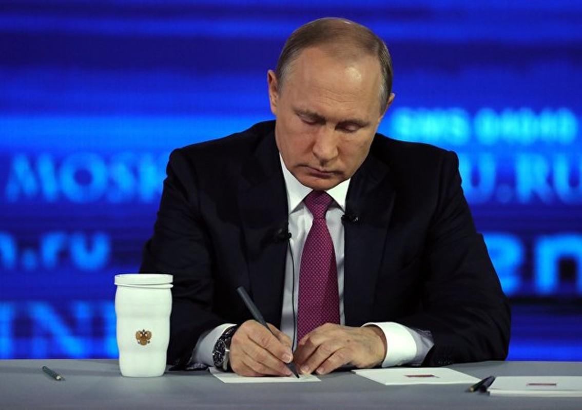 """Chum anh """"Giao luu truc tiep"""" voi Tong thong Nga Vladimir Putin-Hinh-6"""