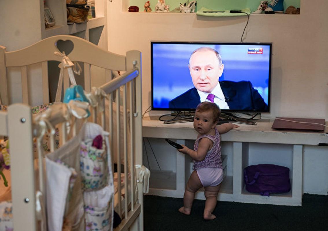 """Chum anh """"Giao luu truc tiep"""" voi Tong thong Nga Vladimir Putin-Hinh-8"""