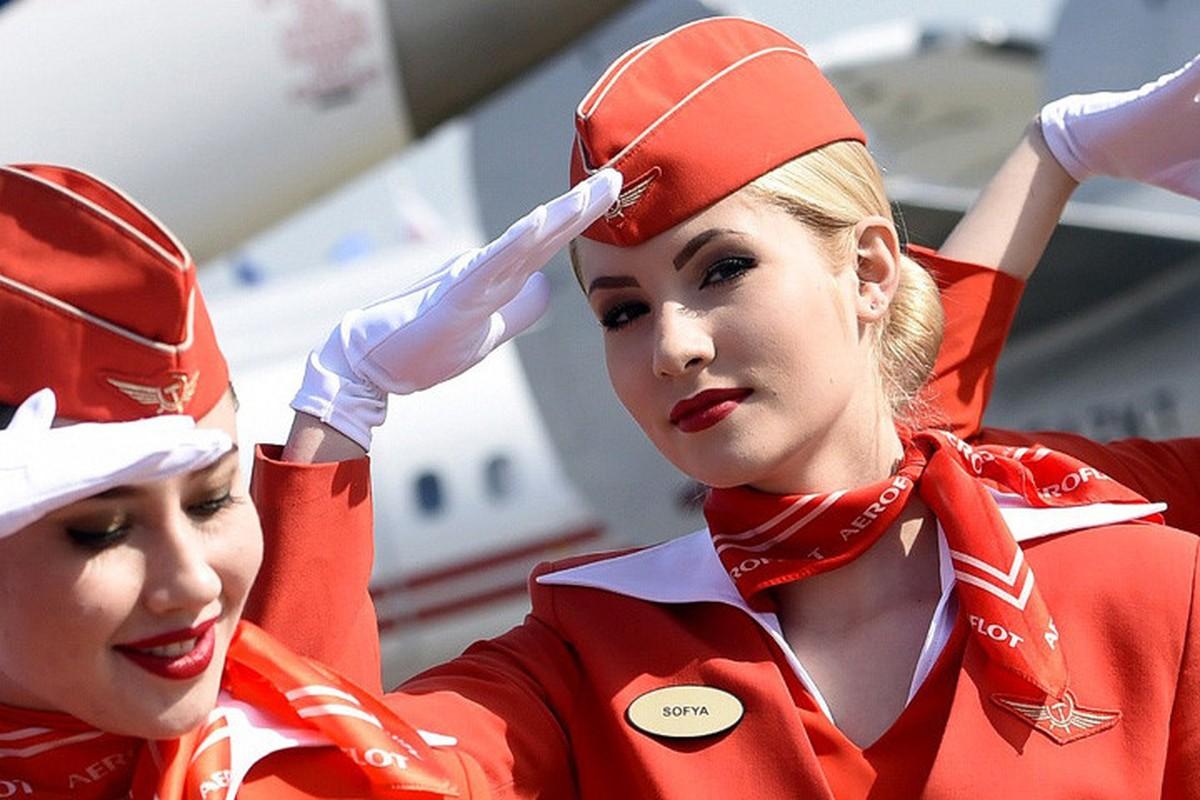 Anh: Cac nu tiep vien xinh dep Aeroflot-Hinh-3