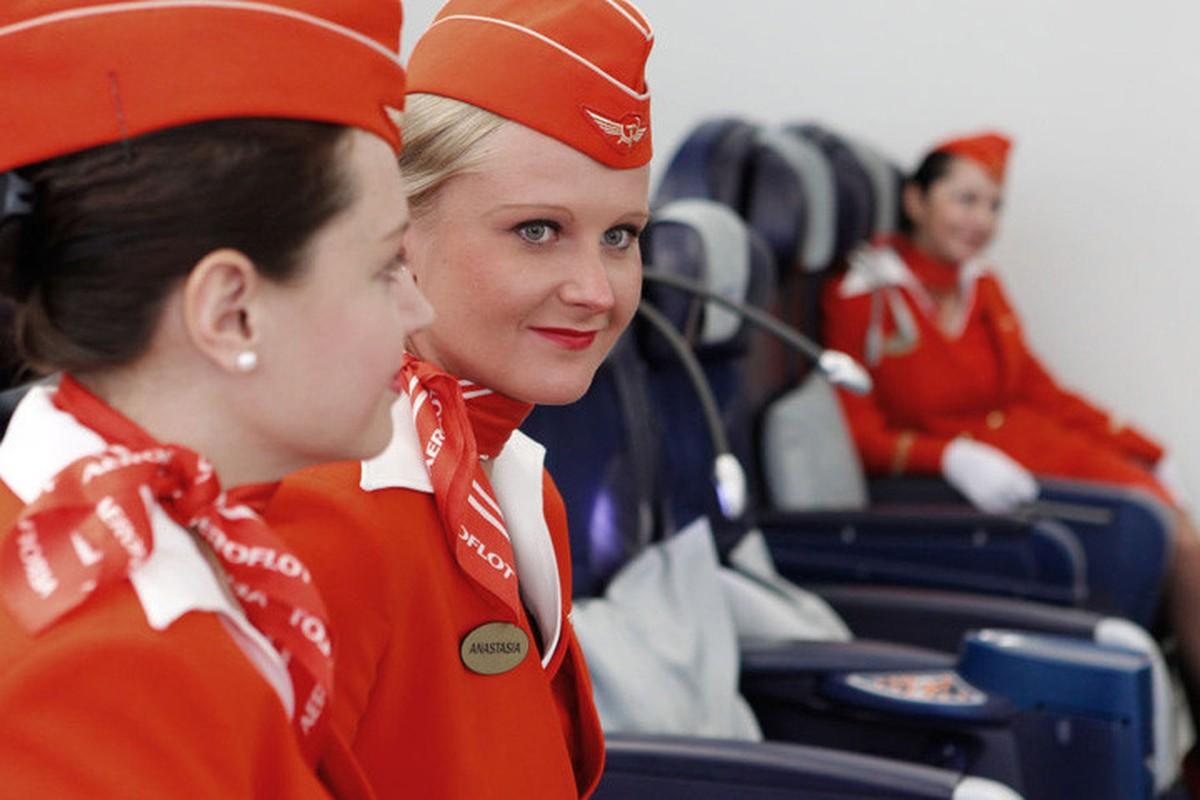 Anh: Cac nu tiep vien xinh dep Aeroflot-Hinh-8