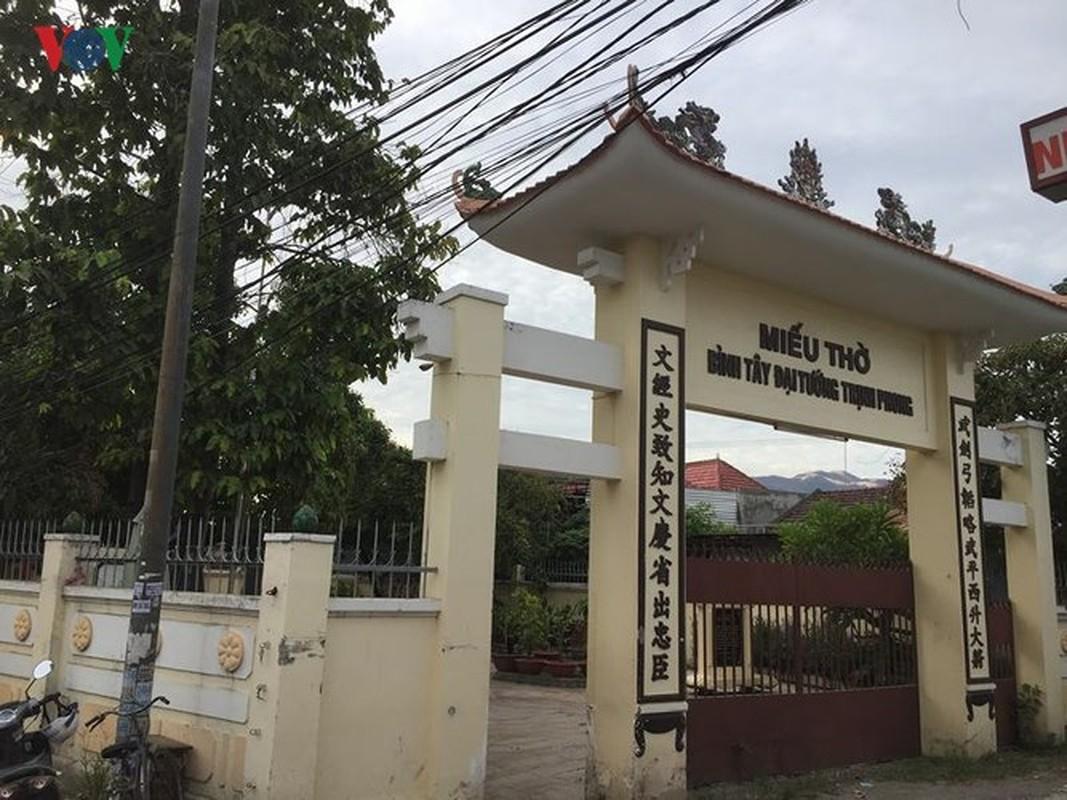 Ngam thanh co quan su duy nhat con nguyen ven cua trieu Nguyen-Hinh-6