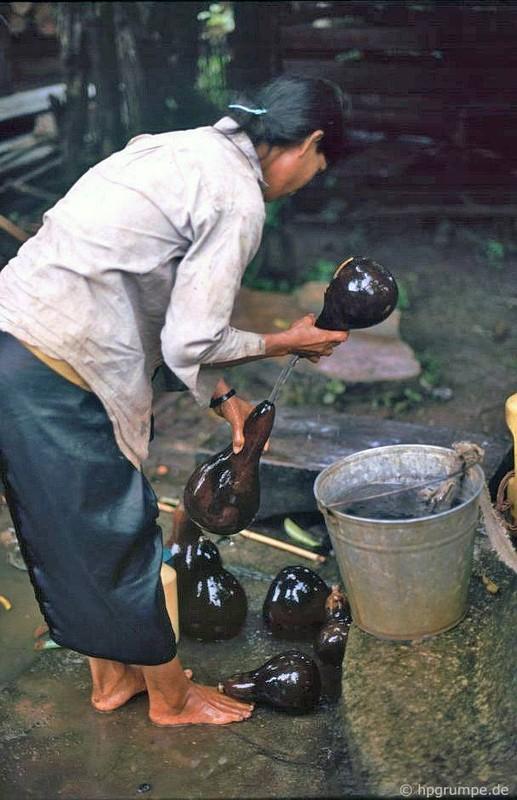Khac la chum anh mau ve Buon Ma Thuot nam 1992-Hinh-11
