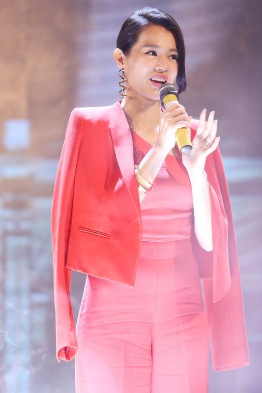 Ngoi sao TVB Ho Hanh Nhi toa sac giua dan sao Viet-Hinh-2