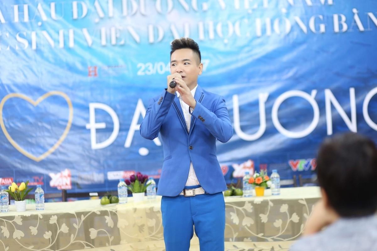 Ca si Viet Quang chia se ly do mat tich nhieu nam-Hinh-4