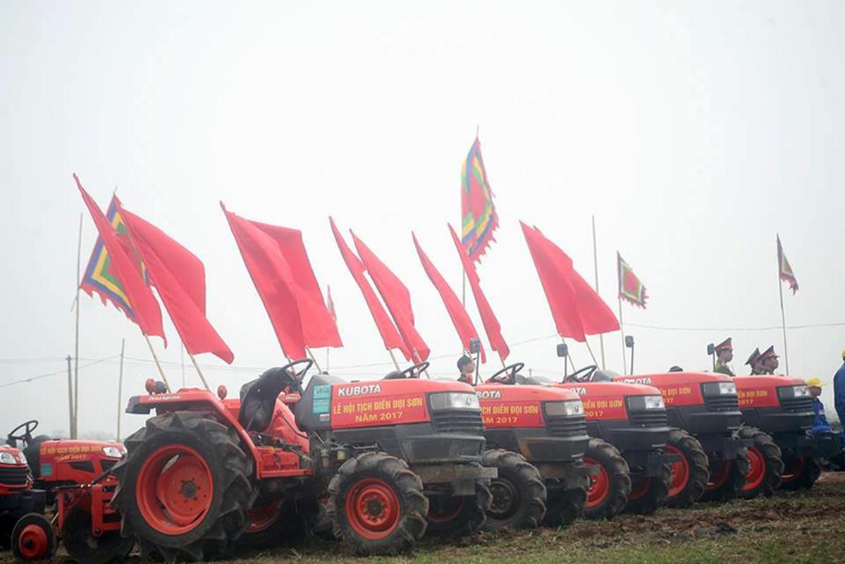Anh: Chu tich nuoc Tran Dai Quang lai may cay o le hoi Tich Dien-Hinh-3