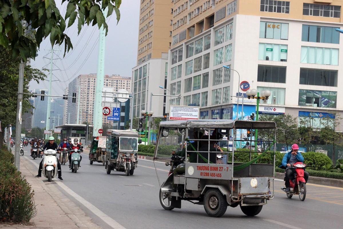 Anh: Dong xe may di nguoc chieu gay nao loan duong Ha Noi-Hinh-2