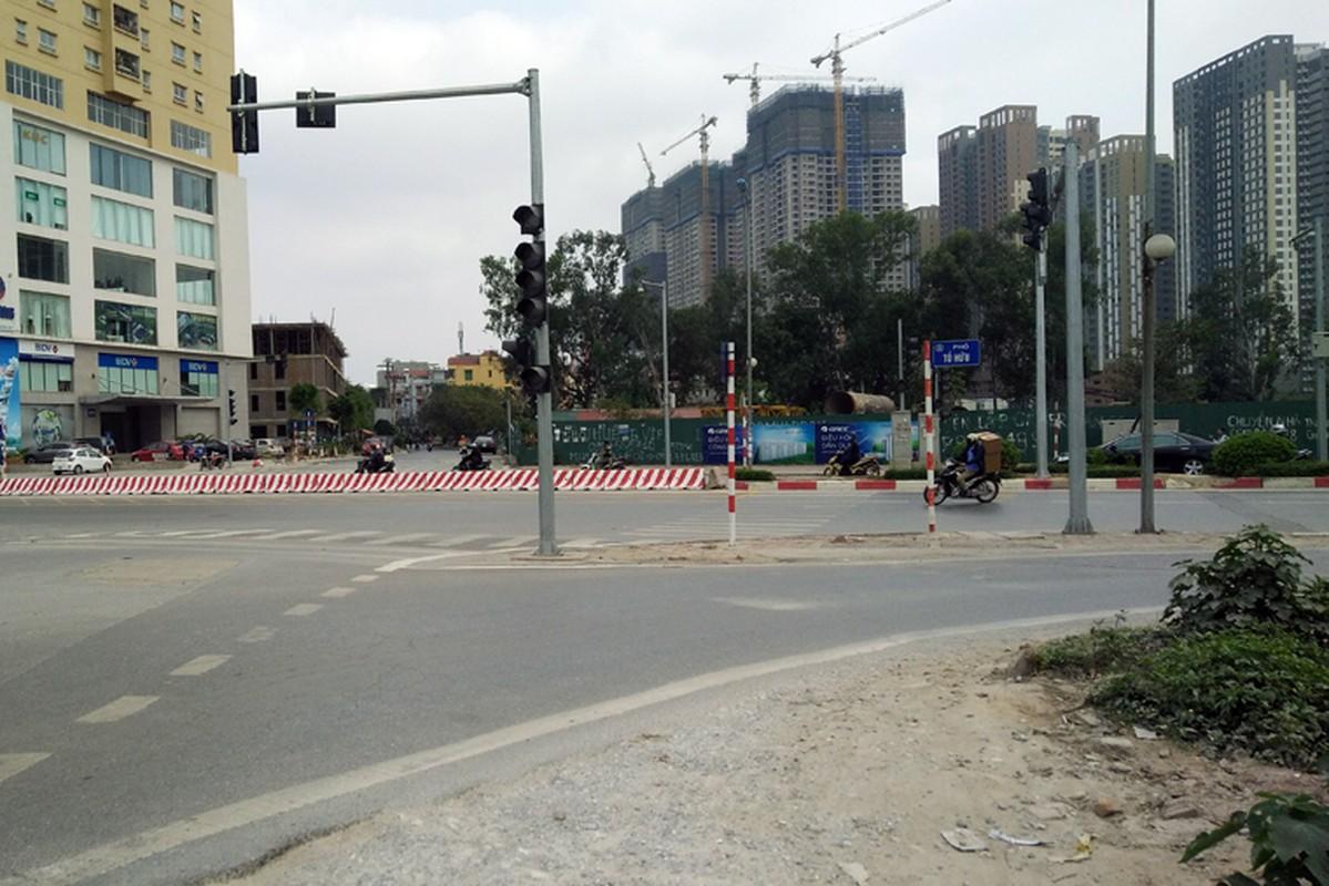 Anh: Dong xe may di nguoc chieu gay nao loan duong Ha Noi-Hinh-5