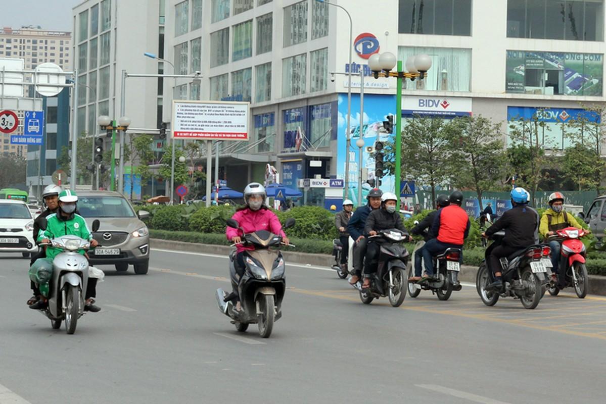 Anh: Dong xe may di nguoc chieu gay nao loan duong Ha Noi-Hinh-6