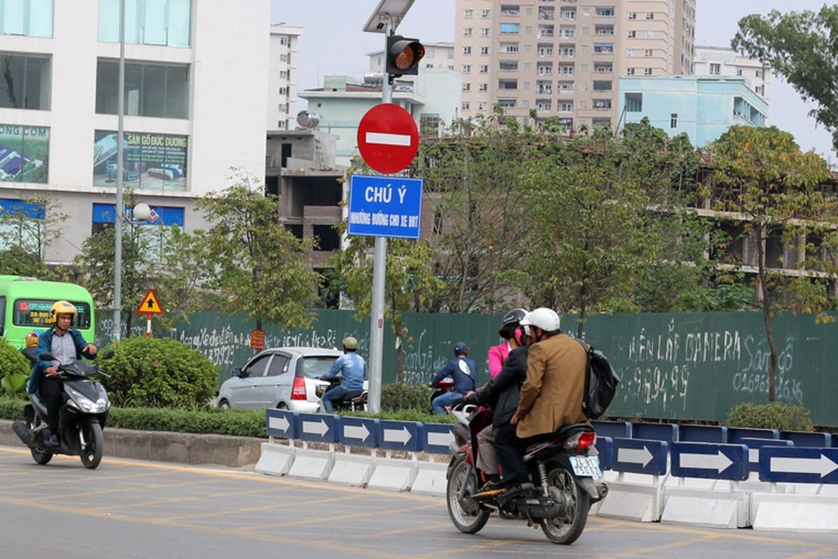 Anh: Dong xe may di nguoc chieu gay nao loan duong Ha Noi-Hinh-7