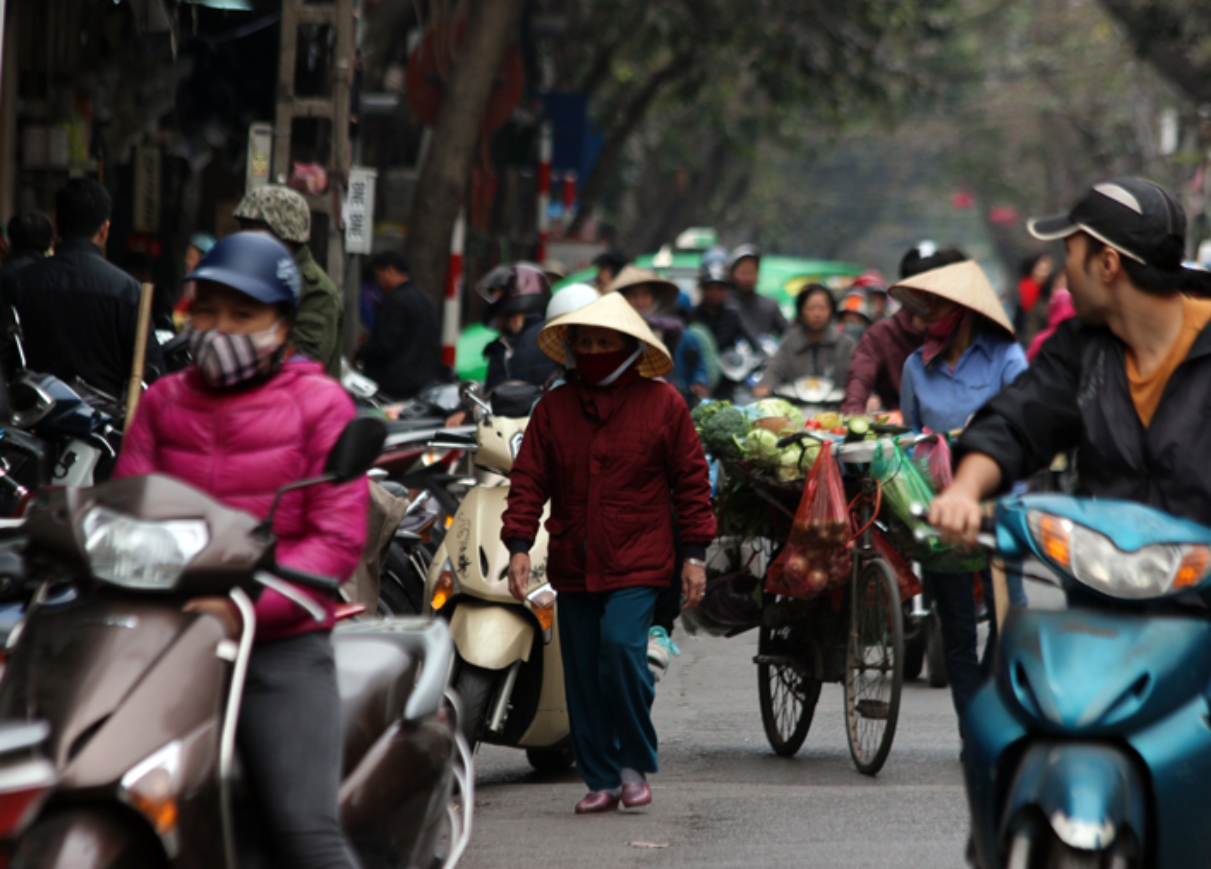 "Anh: Via he pho co Ha Noi bi cac ho kinh doanh ""nuot"" gon-Hinh-16"