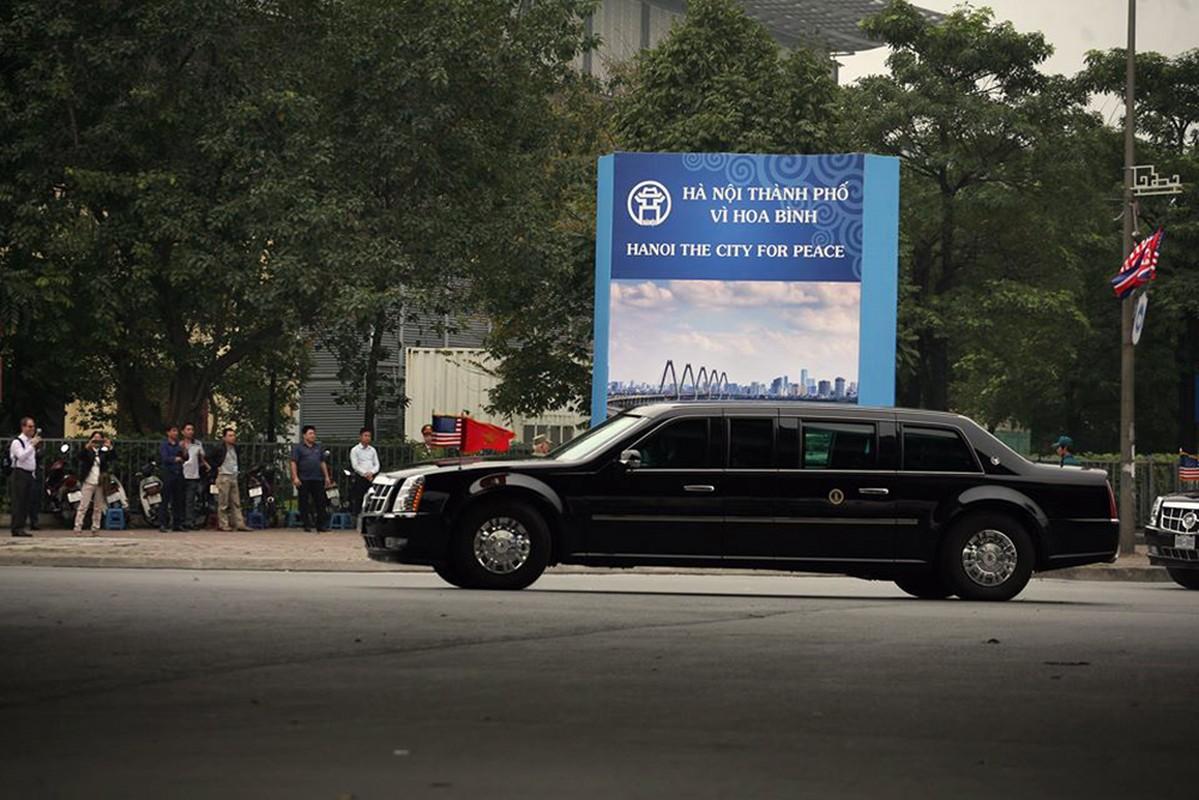 """Can canh """"Quai thu"""" Cadillac One dua Tong thong Trump roi Ha Noi-Hinh-7"""