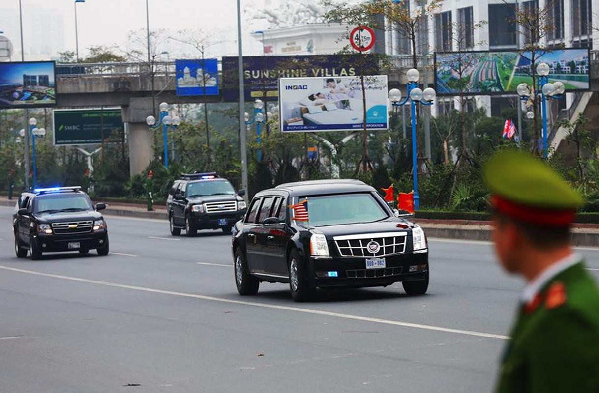 """Can canh """"Quai thu"""" Cadillac One dua Tong thong Trump roi Ha Noi-Hinh-9"""