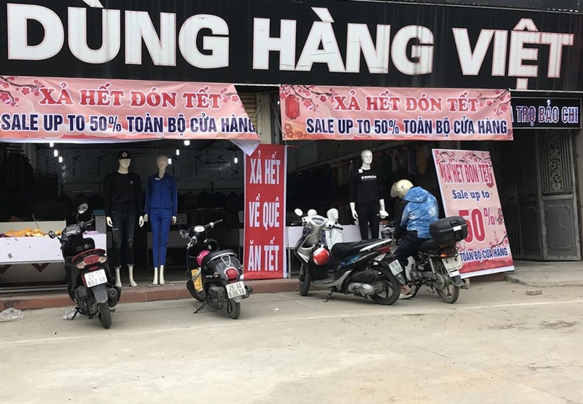 "Thoi trang sale off 80% ""ve que an Tet"", hang hieu e am, binh dan hut khach-Hinh-9"