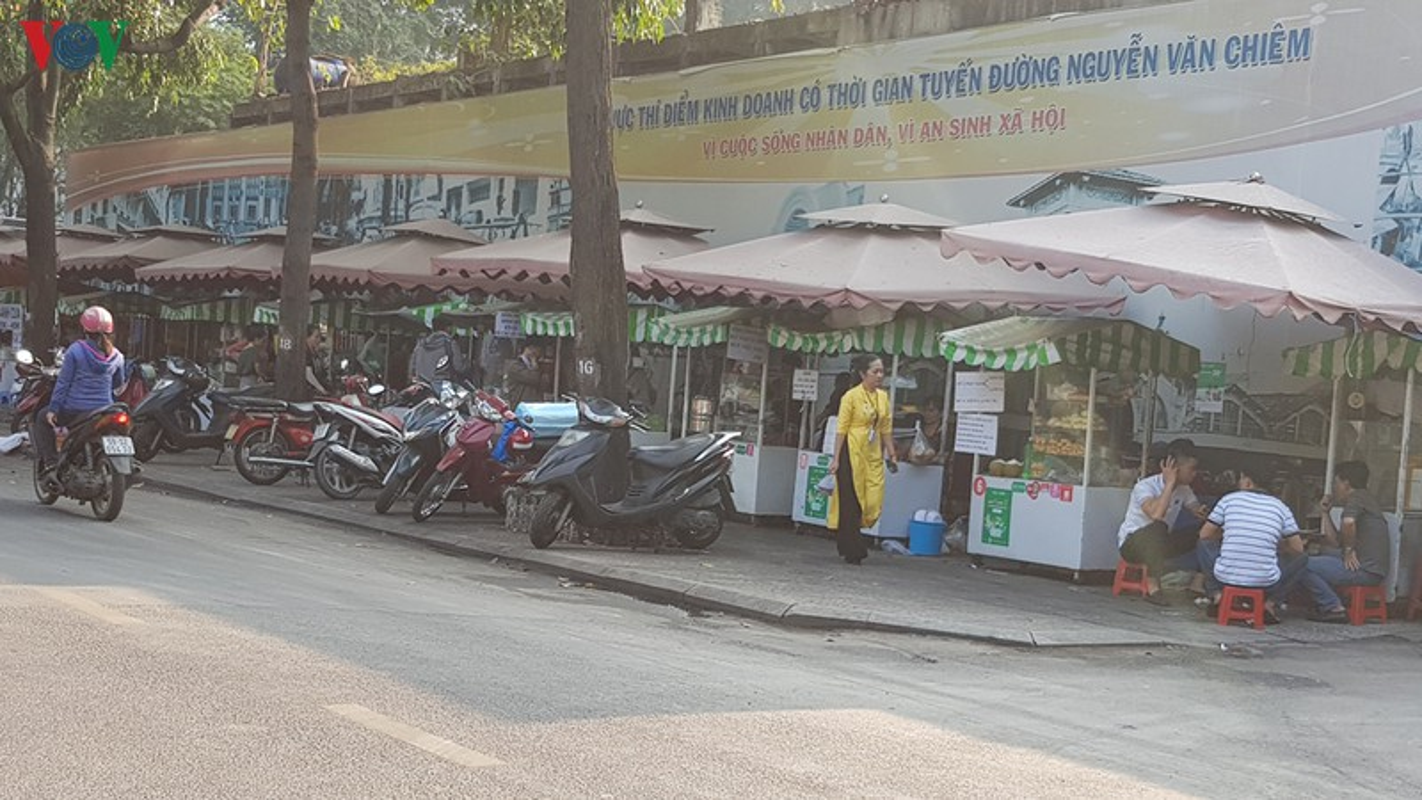 Hang rong o TP HCM tiem an nguy co mat an toan ve sinh thuc pham-Hinh-10