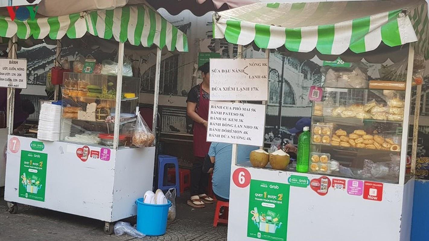 Hang rong o TP HCM tiem an nguy co mat an toan ve sinh thuc pham-Hinh-11