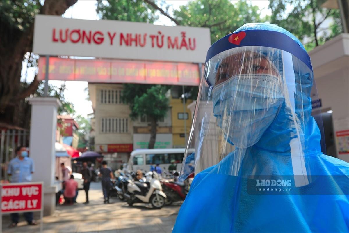 Bat dau test COVID-19 cho nhung nguoi di tu Da Nang ve Ha Noi-Hinh-14