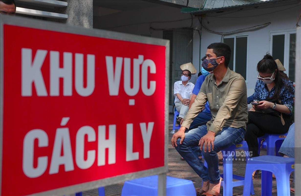 Bat dau test COVID-19 cho nhung nguoi di tu Da Nang ve Ha Noi-Hinh-2
