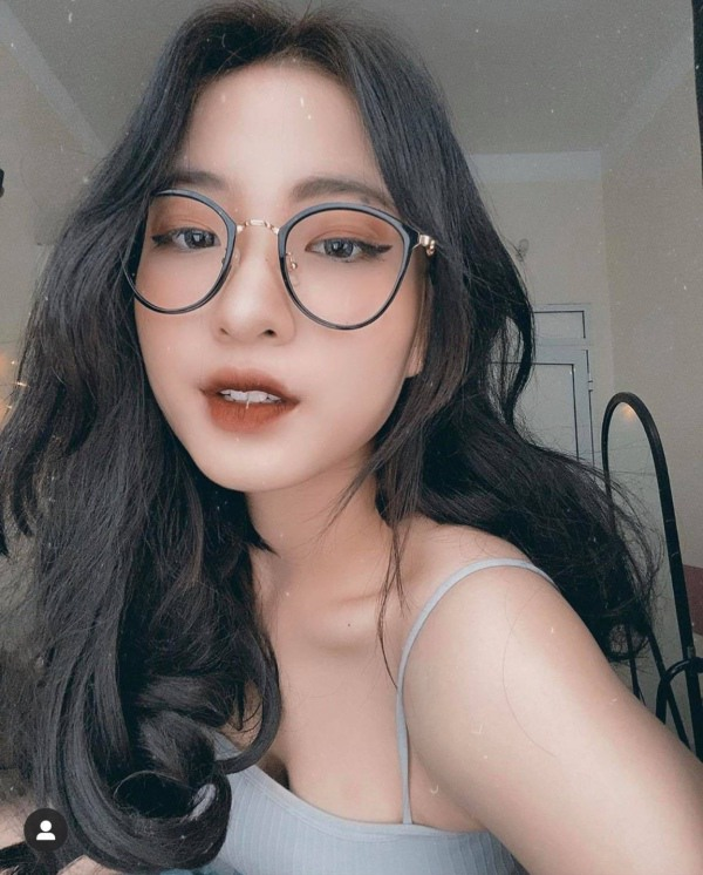 """""""Vu tru"""" hotgirl 10x ket nap them co nang xinh dep nhi nhanh-Hinh-3"""