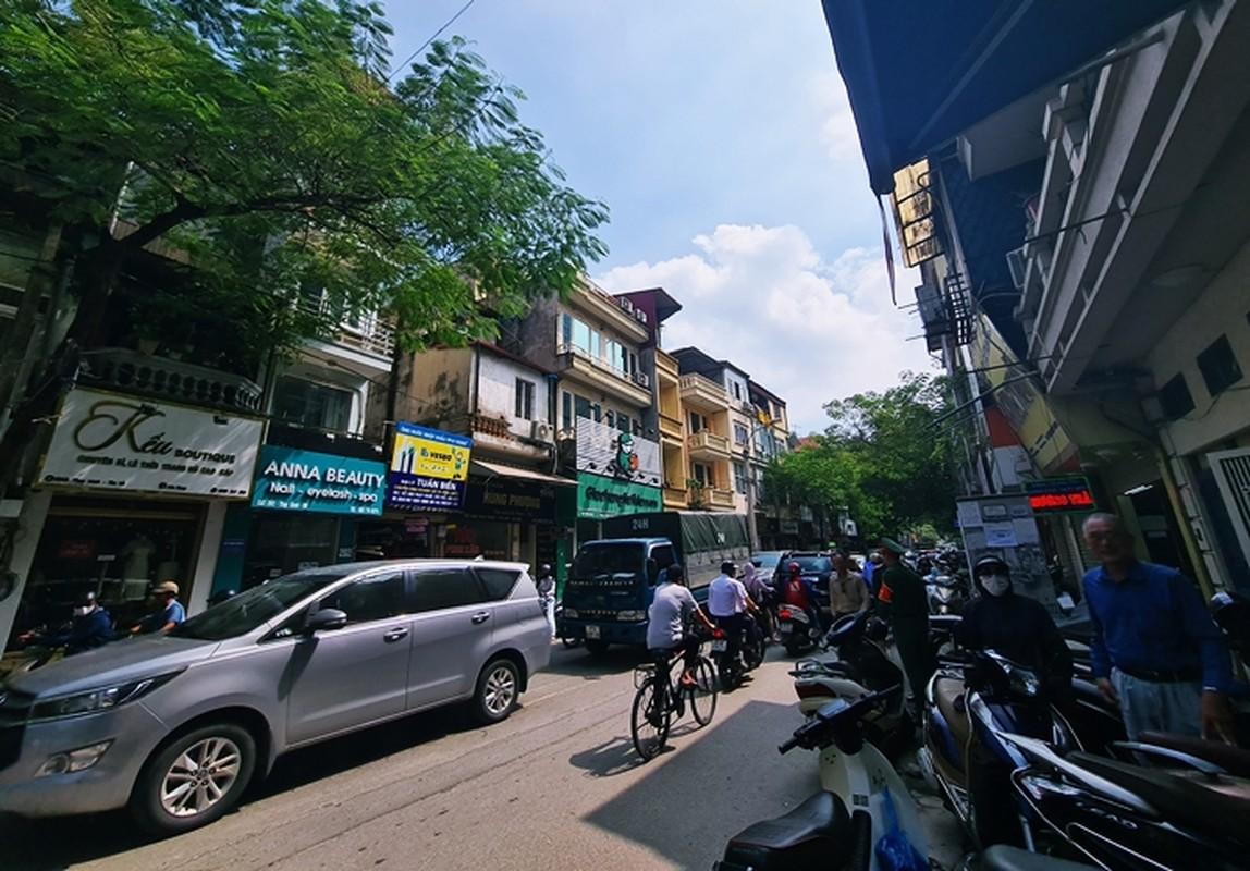 """""""Rong ran"""" xep hang cho tu sang den chieu mua banh trung thu truyen thong o HN-Hinh-14"""