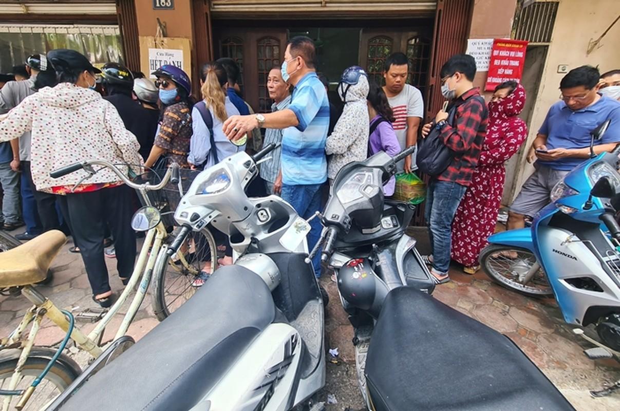 """""""Rong ran"""" xep hang cho tu sang den chieu mua banh trung thu truyen thong o HN-Hinh-5"""