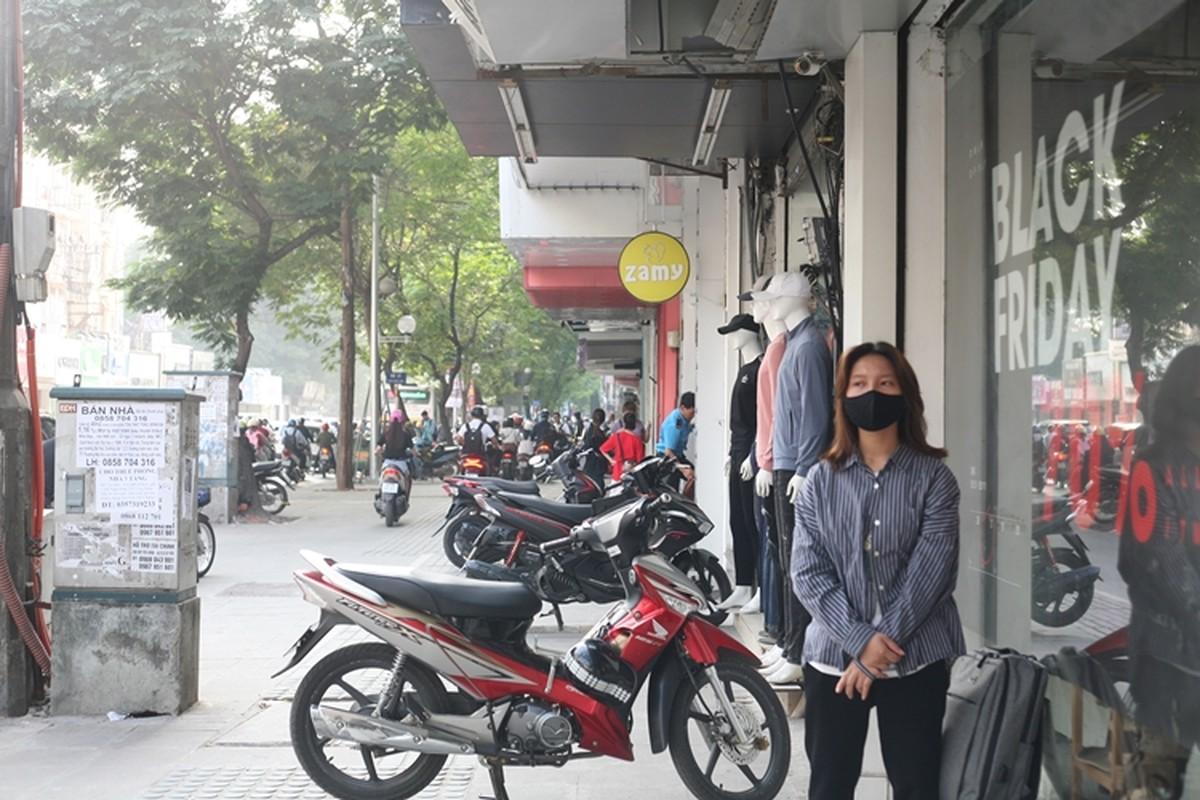 Ha Noi: Black Friday giam gia kich san, khach ghe mua le te-Hinh-13