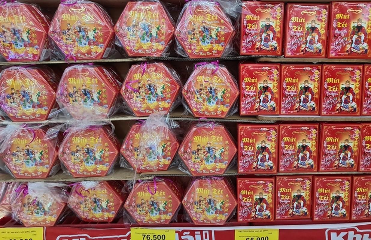 Hang hoa Tet doi dao, banh keo can len ngoi can Tet 2021-Hinh-9