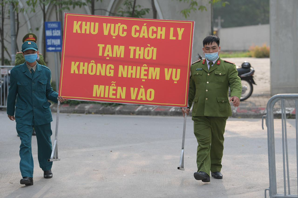 Niem vui doan tu cua cac gia dinh thay tro truong Xuan Phuong ngay mung 3 Tet-Hinh-7