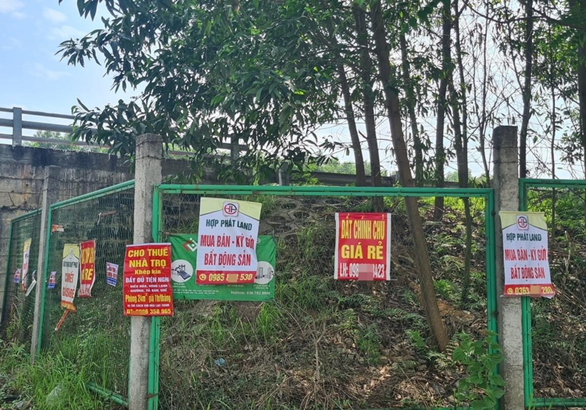 """""""Ma tran"""" quang cao dat nen tren Dai lo Thang Long-Hinh-8"""