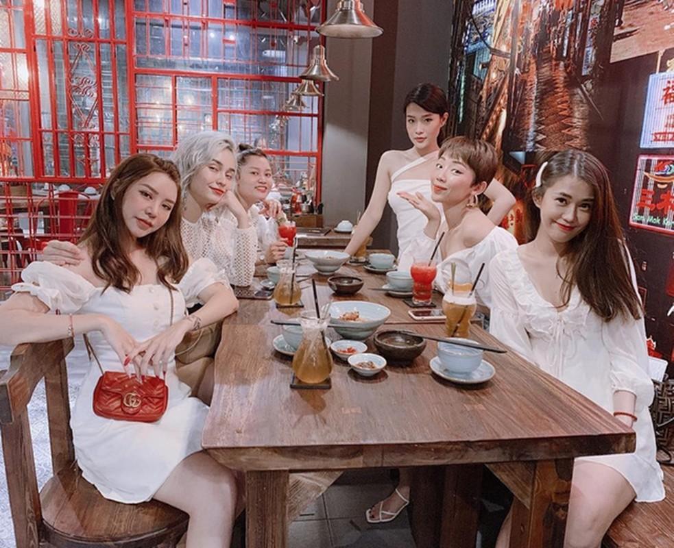 Nha hang A Ma Kitchen cua gia dinh Tran Thanh lam an ra sao?-Hinh-10