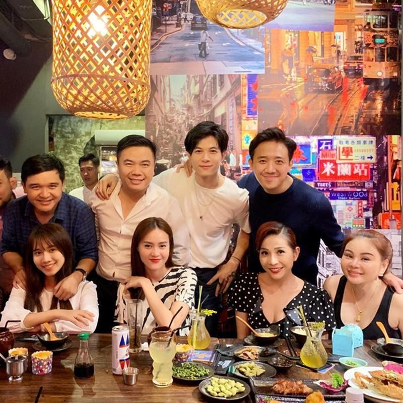 Nha hang A Ma Kitchen cua gia dinh Tran Thanh lam an ra sao?-Hinh-8