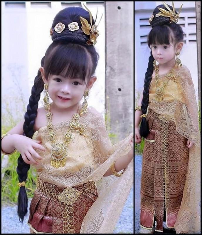 Be gai Thai Lan xinh dep lam dieu dung cong dong mang-Hinh-7