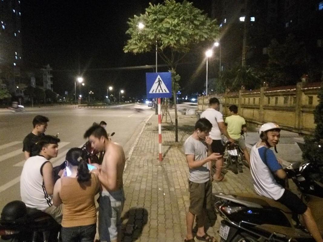 1h sang Bo Ho van tap nap thanh nien di bat Pokemon-Hinh-7