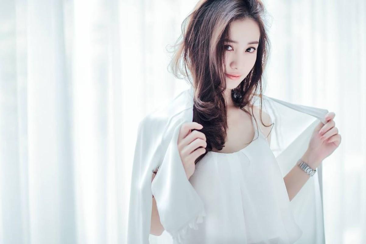 Angela Baby phien ban Viet khoe anh an qua vat tuyet xinh-Hinh-10