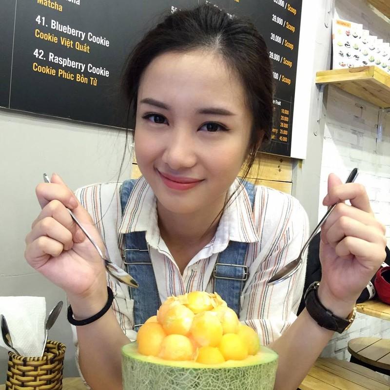 Angela Baby phien ban Viet khoe anh an qua vat tuyet xinh-Hinh-7