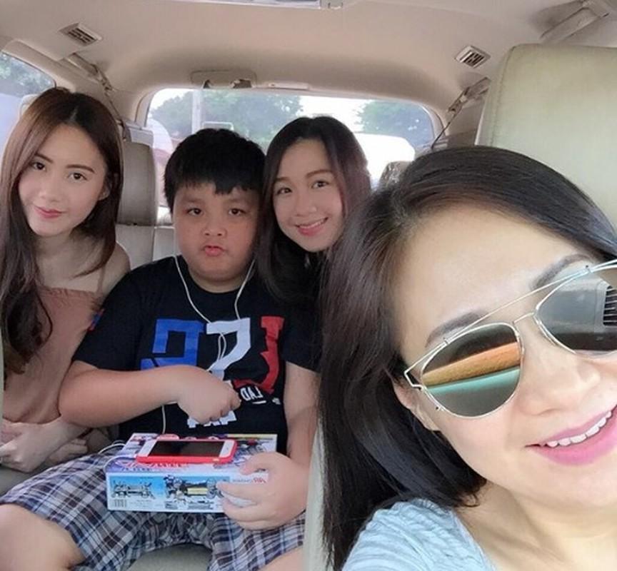 Chi em hot girl Lao goc Viet khoe anh tung tang Ha Noi-Hinh-5