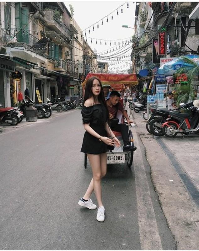 Chi em hot girl Lao goc Viet khoe anh tung tang Ha Noi-Hinh-7