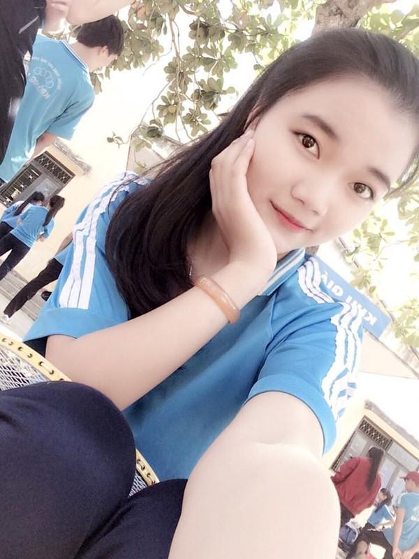 Nu sinh Dak Nong me sang che xinh nhu hot girl-Hinh-7