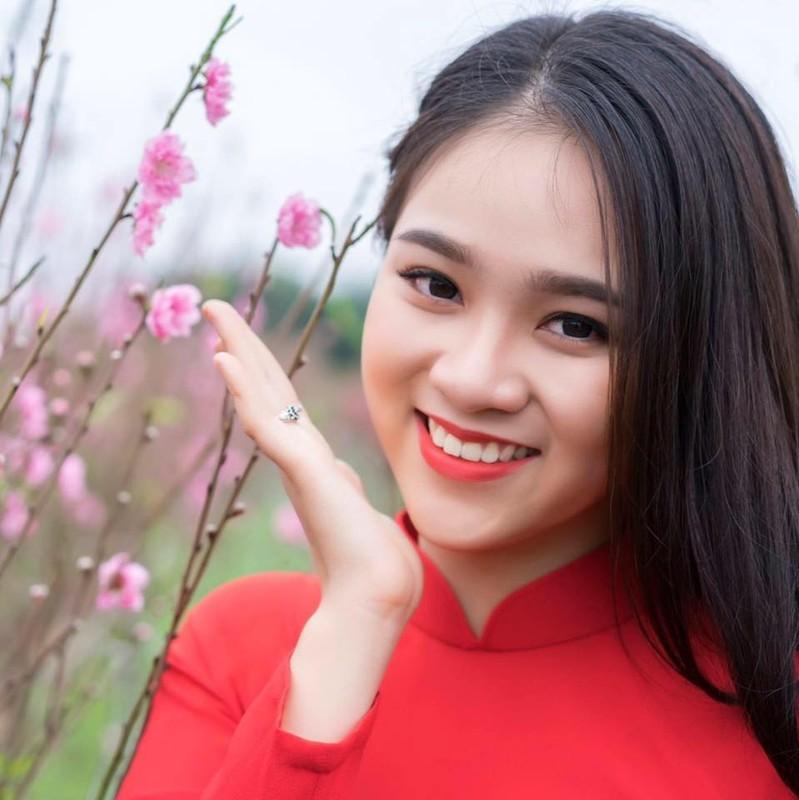 Nu sinh gay thuong nho voi nu cuoi ben hoa loa ken-Hinh-9