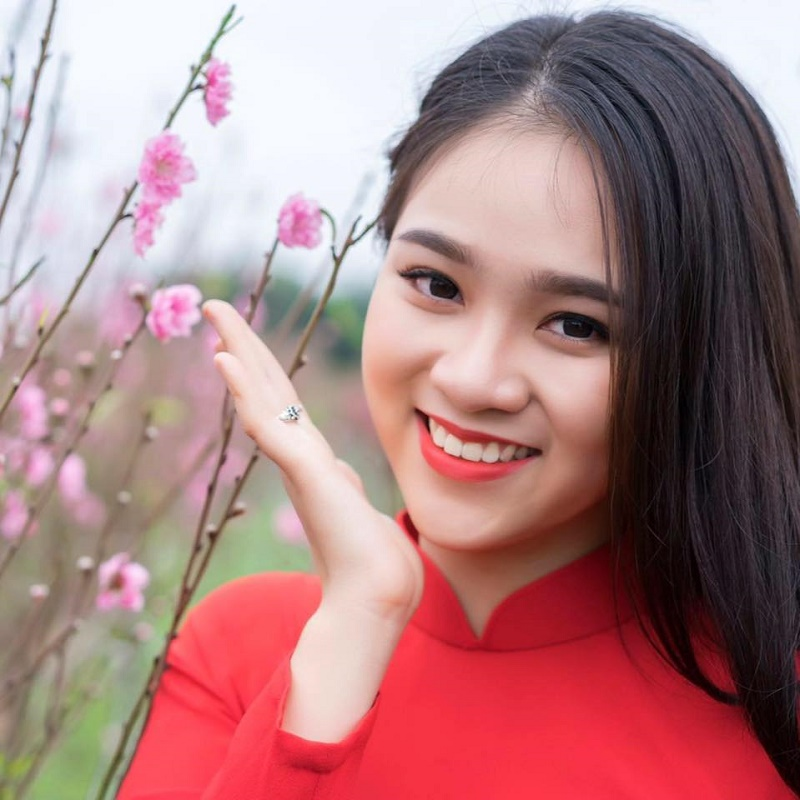 "Nu sinh 10X Ha Thanh co ngoai hinh ""trieu like"" la ai?-Hinh-4"