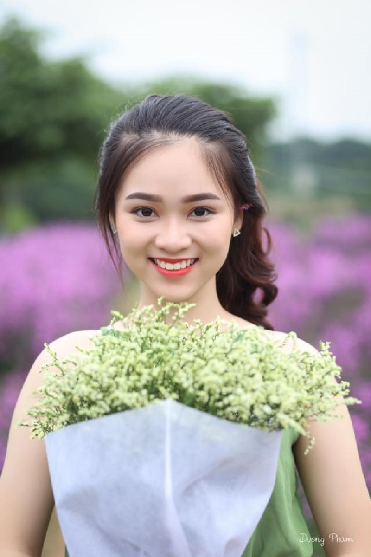 "Nu sinh 10X Ha Thanh co ngoai hinh ""trieu like"" la ai?-Hinh-7"