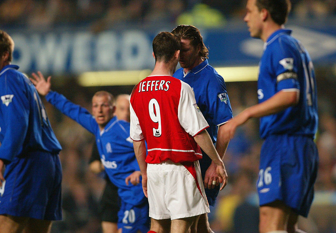 Podolski, Lucas Perez va loi nguyen ao so 9 o Arsenal-Hinh-4