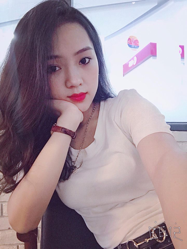 Nu sinh Nghe An gay sot vi mac ao dai qua xinh-Hinh-7