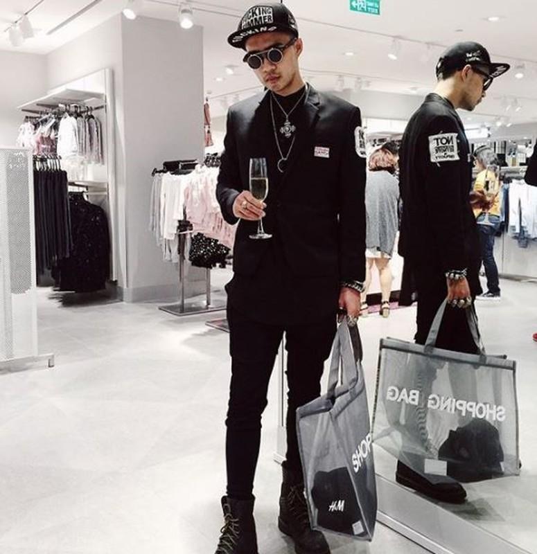 Hot girl check-in tai cua hang H&M, Zara dau tien tai Ha Noi-Hinh-8