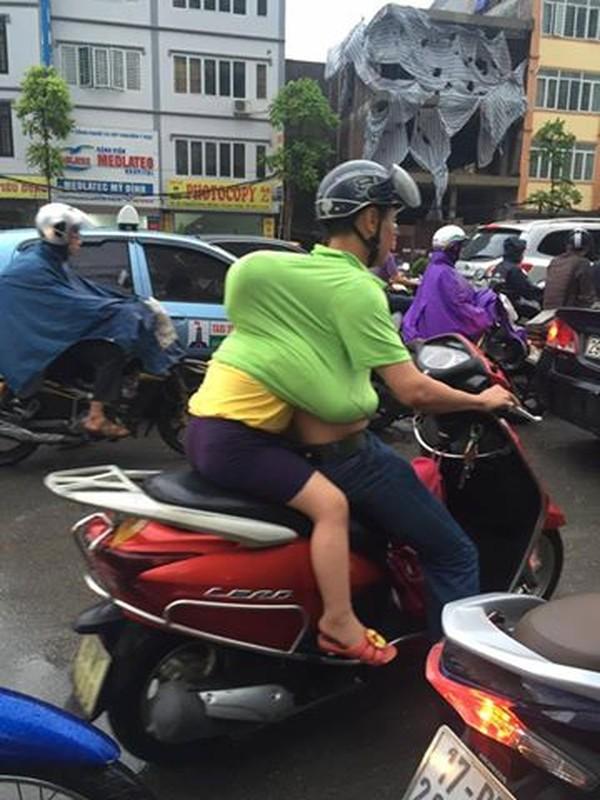 Anh cam dong: Di khap the gian khong ai tot bang me cha-Hinh-9