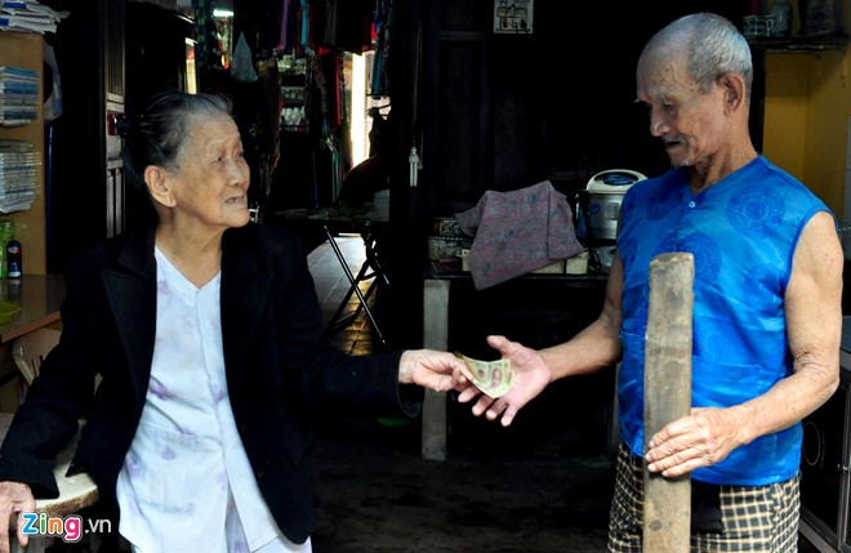 Anh: Cam dong doi tinh nhan U90 ganh nuoc o Hoi An-Hinh-8