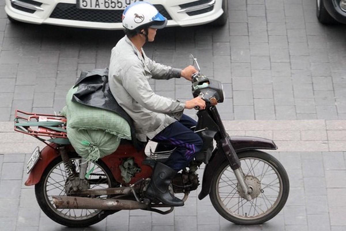 Tron mat voi du loai xe ca tang tung hoanh duong pho Viet Nam-Hinh-10